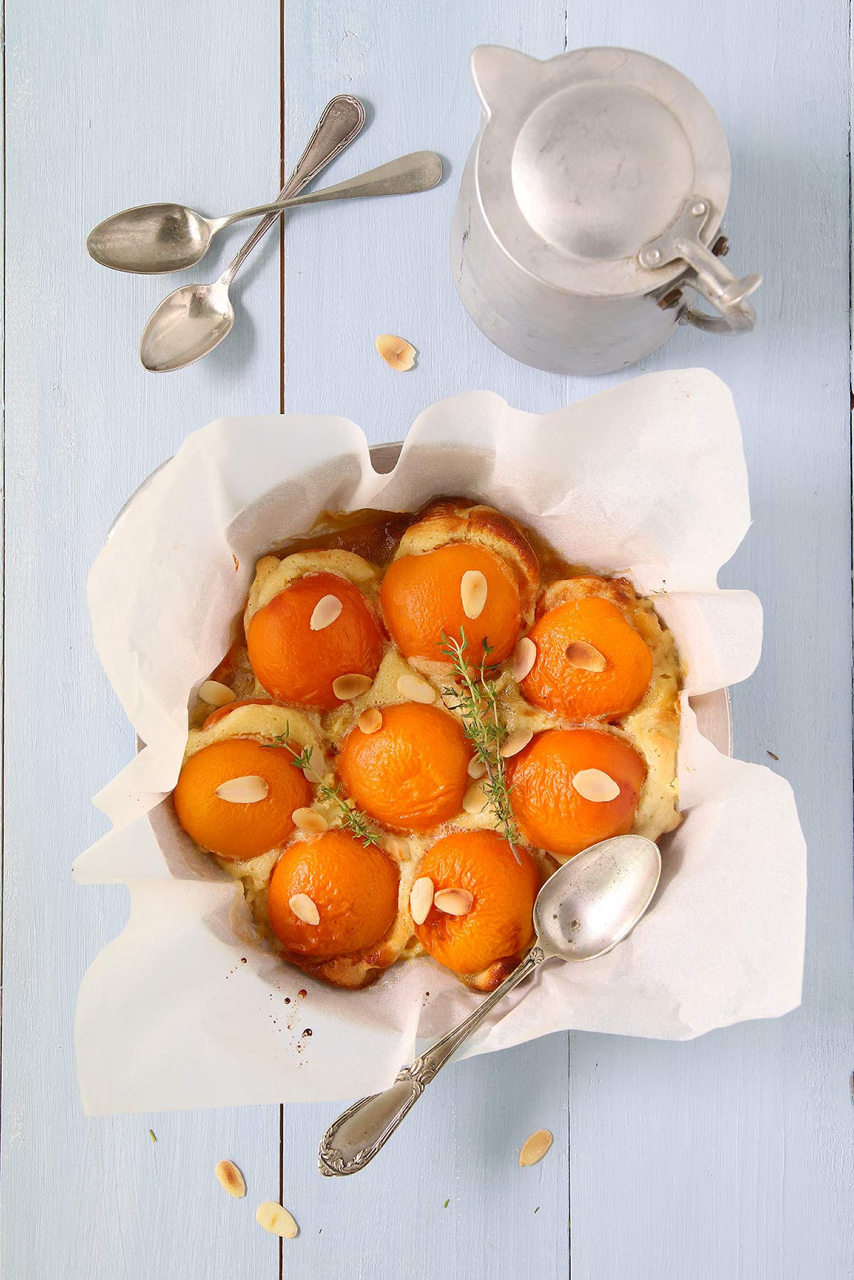 Abricots fourrés aux amendes et rôtis au thym